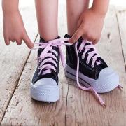 Как правильно выбрать кеды ребенку: рекомендации