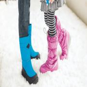 Какая обувь для мальчиков и девочек популярна: модные тенденции